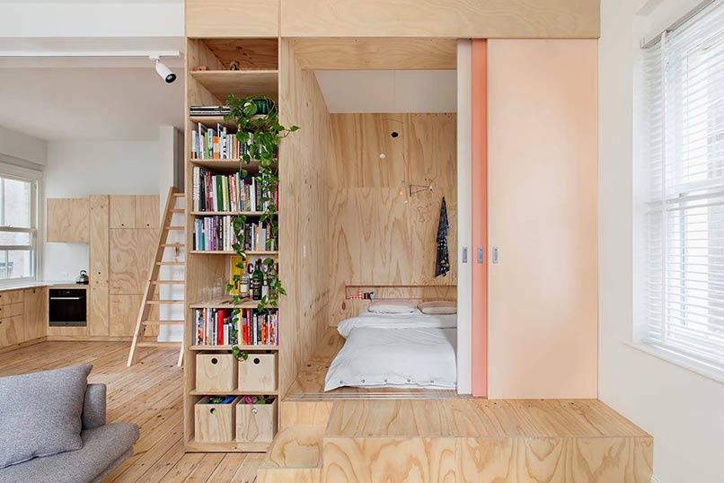Vách ngăn phòng ngủ làm từ nhiều miếng gỗ
