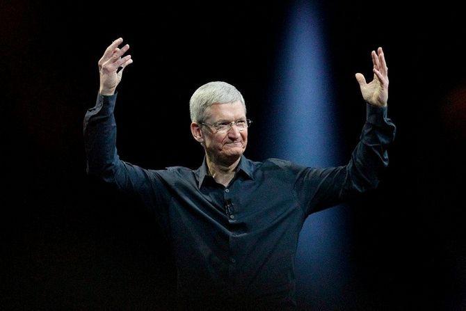 CEO Apple được trả lương cao thứ 2 thế giới.