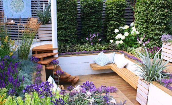 Vườn hoa sân thượng đẹp cho nhà phố