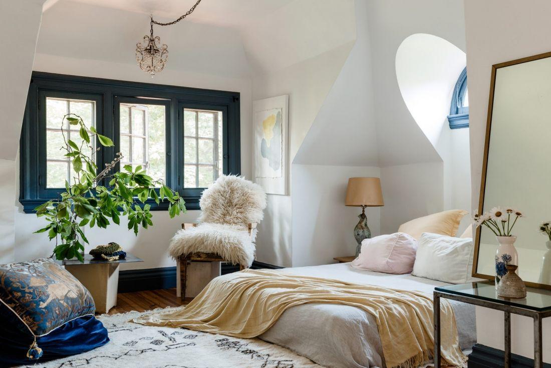 Phòng ngủ màu trắng 2