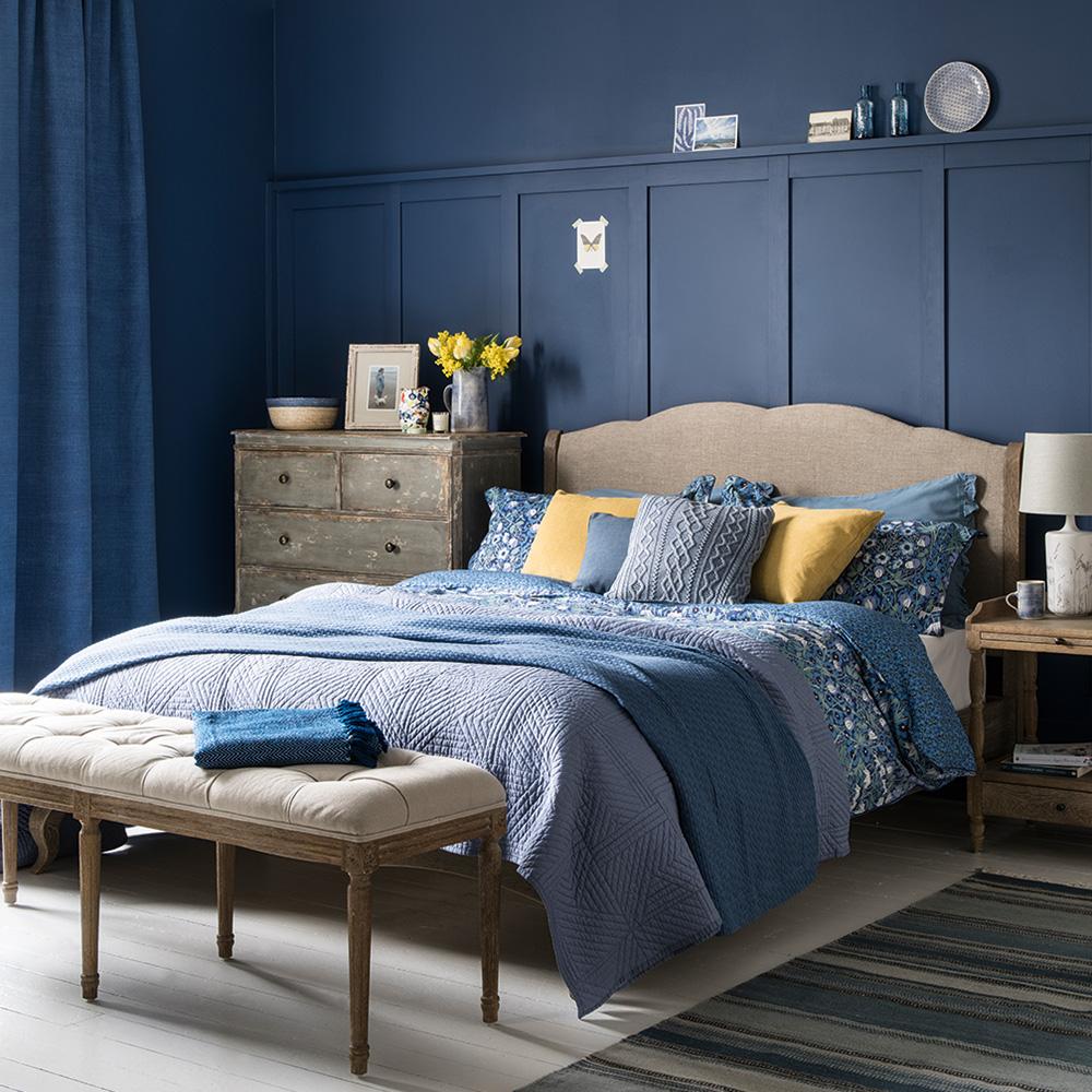 Phòng ngủ màu xanh dương 2