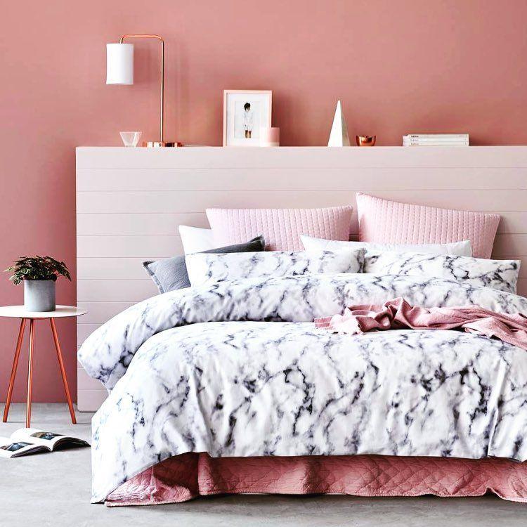 Phòng ngủ màu hồng 2