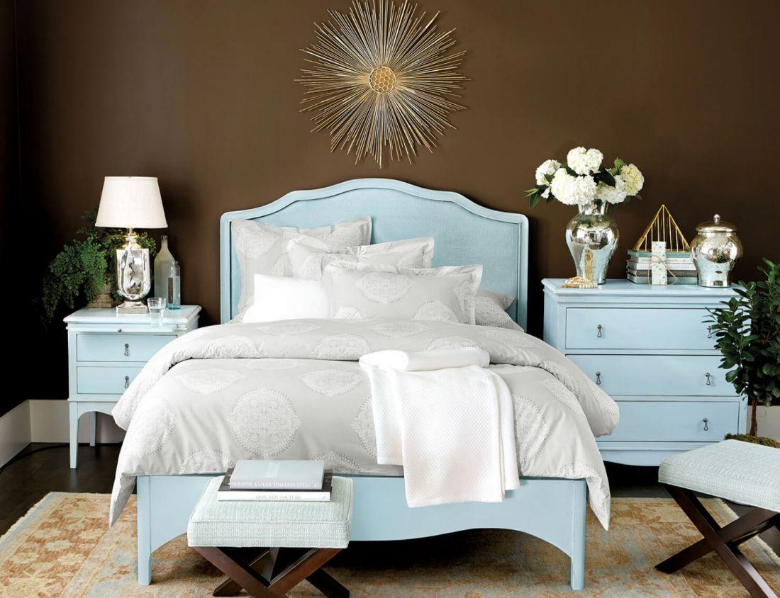 Phòng ngủ màu nâu 2