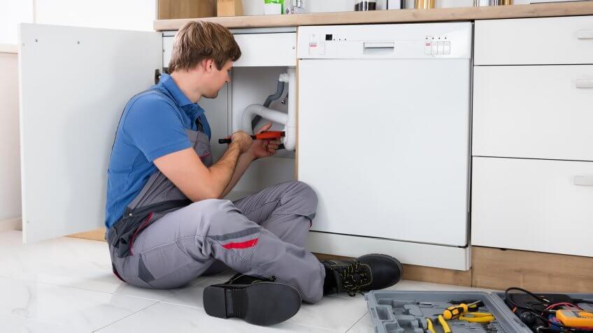Bảo trì và sửa chữa có thể khiến chi phí hàng tháng tăng đột biến