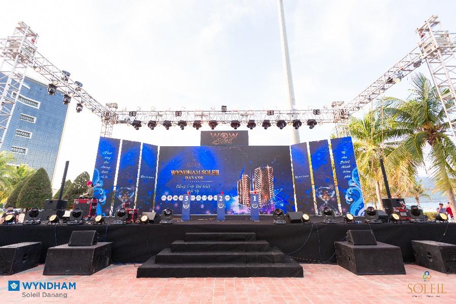 """Sự kiện """"Wow Soleil"""" thu hút gần 500 chuyên viên tư vấn Bắc Trung Nam"""
