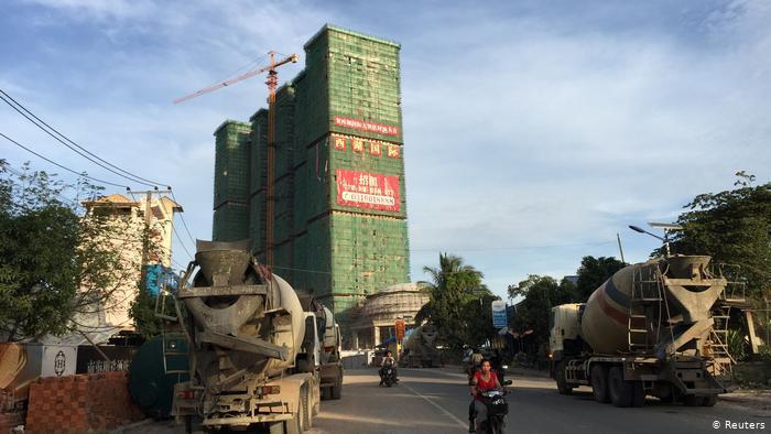 Campuchia: Tiền nước ngoài để lại những thị trấn ma