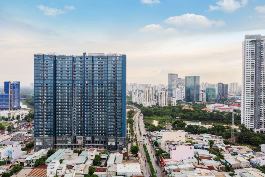 Cận cảnh toà tháp đầu tiên sắp được bàn giao của Sunshine City Sài Gòn