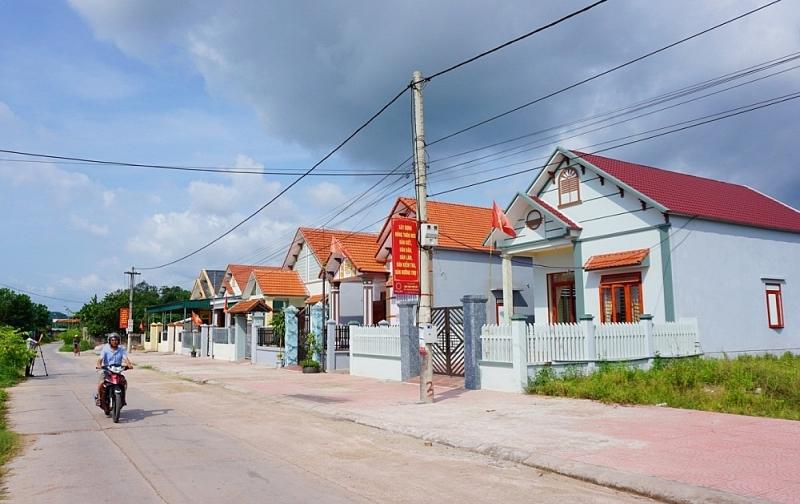 Một góc khu tái định cư ở thôn Đồng Tâm, xã Dực Yên, huyện Đầm Hà khang trang.