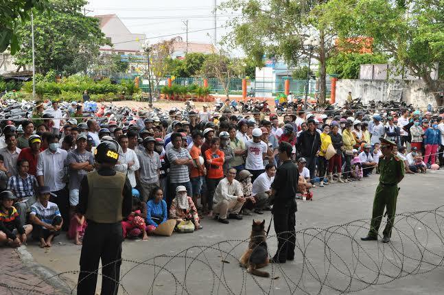 Vi phạm trong quản lý đất đai tại Phú Quốc, Kiên Giang: 'Xã hội đen' vẫn lộng hành?