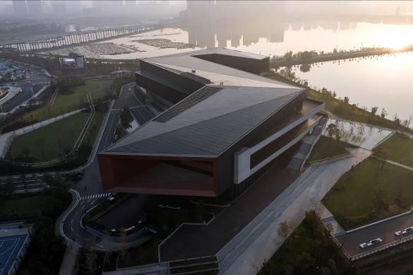 Tòa nhà khối hộp đường gấp khúc khổng lồ ở Trung Quốc