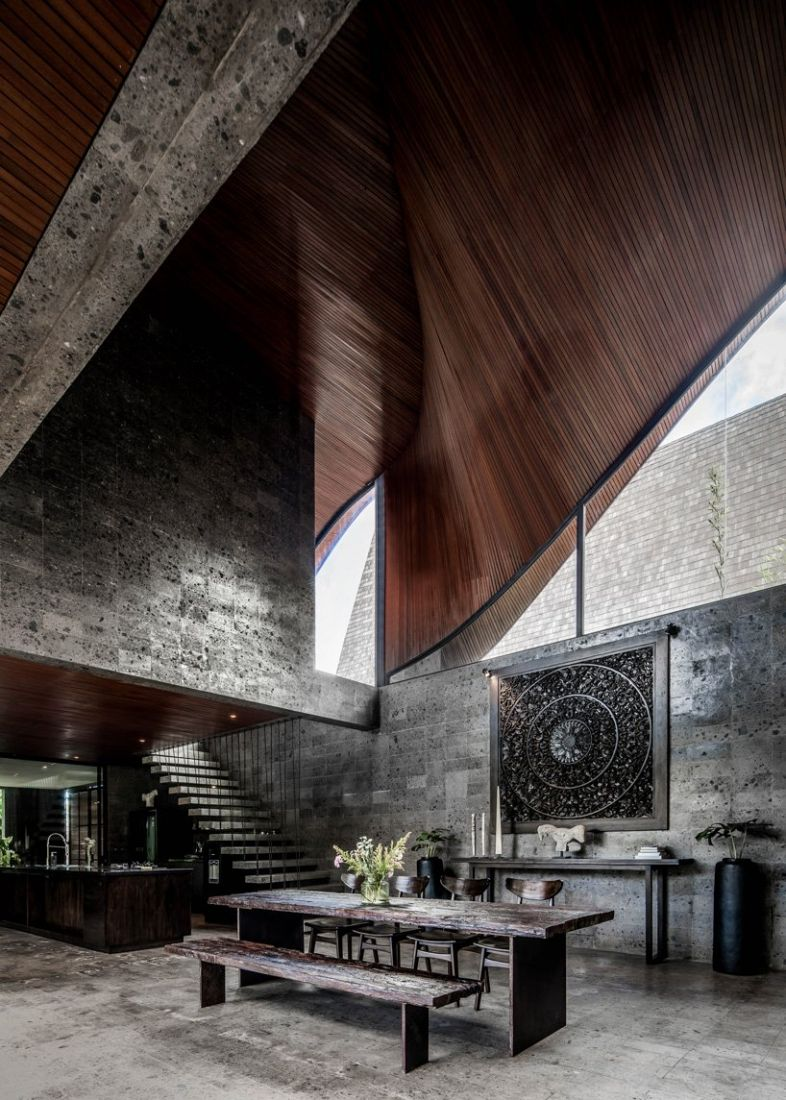 Ngôi nhà alpha' với mái nhà lượn sóng ở đảo Bali