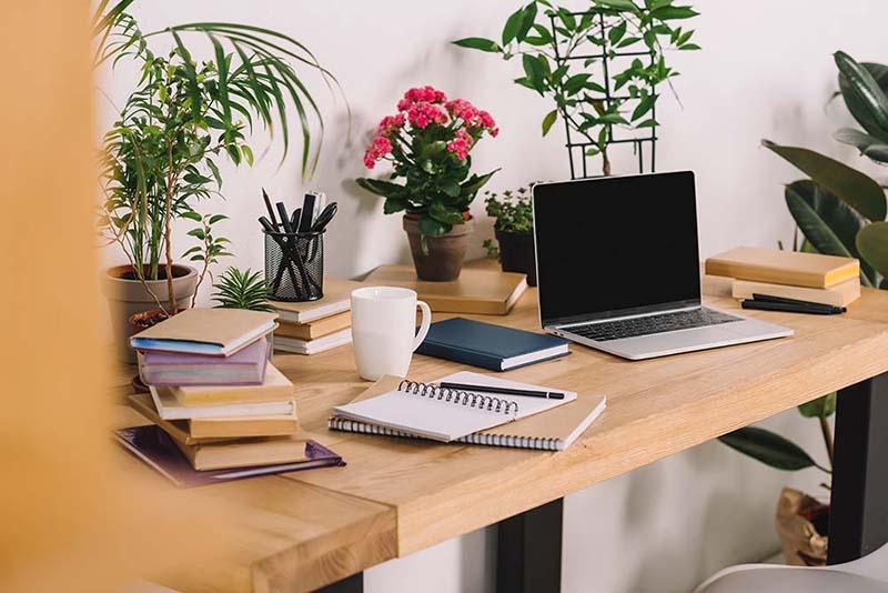 7 điều cần lưu ý khi bố trí bàn làm việc