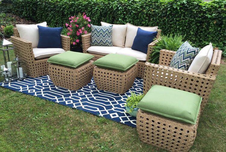 Mẫu bàn ghế trang trí sân vườn cho biệt thự