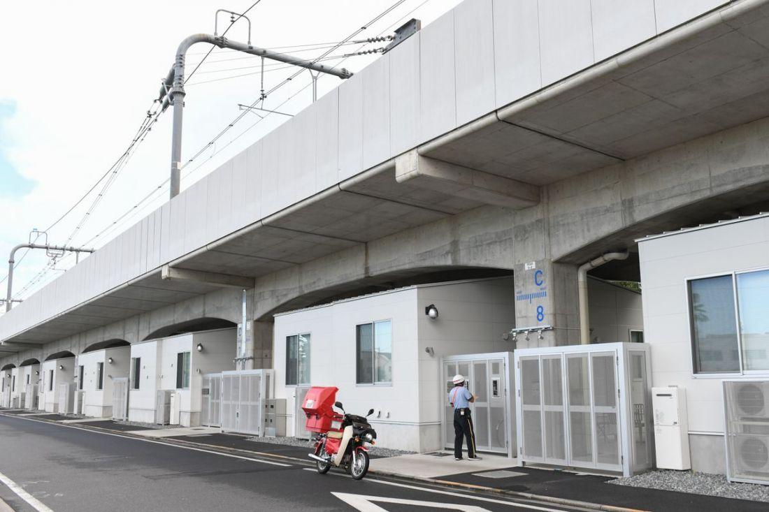 Thế giới có thể học được gì từ cuộc sống dưới đường ray xe lửa ở Tokyo?