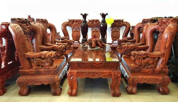 Ứng dụng của gỗ trắc trong thiết kế nội thất
