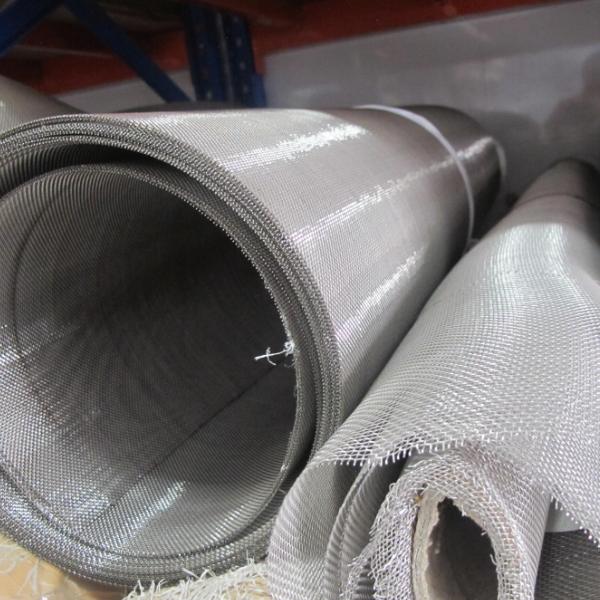 Ứng dụng của lưới inox 304 trong xây dựng