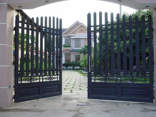 Hướng cổng và cửa chính theo phong thủy - Ảnh 1