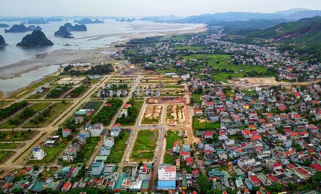 Qua cơn sốt, giá đất Quảng Ninh giảm sâu