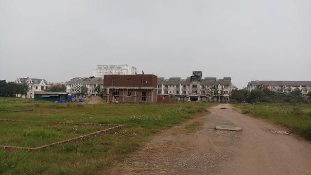 Bộ TN&MT lên kế hoạch thanh tra việc sử dụng đất tại các dự án treo - Ảnh 2.