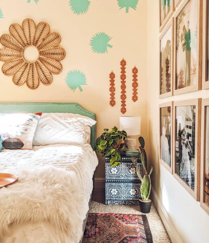 Căn hộ nhỏ đầy sinh động với nhiều màu sắc nổi bật