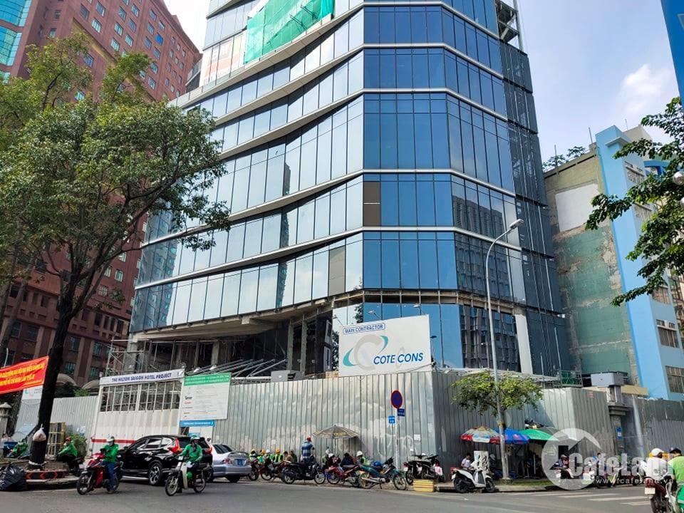 Thật bất ngờ khách sạn gần 3.000 tỉ xây sắp xong vẫn chưa có giấy chứng nhận đầu tư