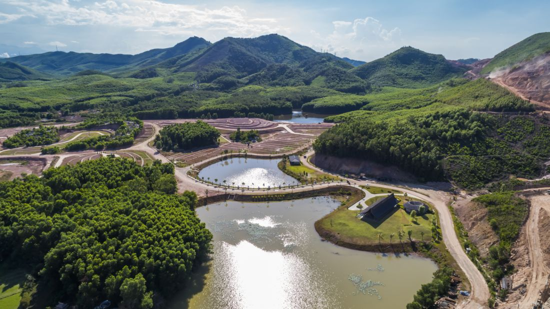Công trình bằng tre độc đáo tại công viên nghĩa trang sinh thái ở Huế