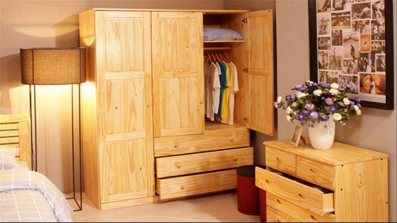 Tủ quần áo, tủ đựng đồ được thiết kế từ gỗ thông