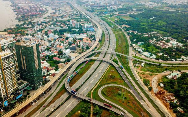 Chính quyền đô thị TPHCM khác Hà Nội, Đà Nẵng thế nào?