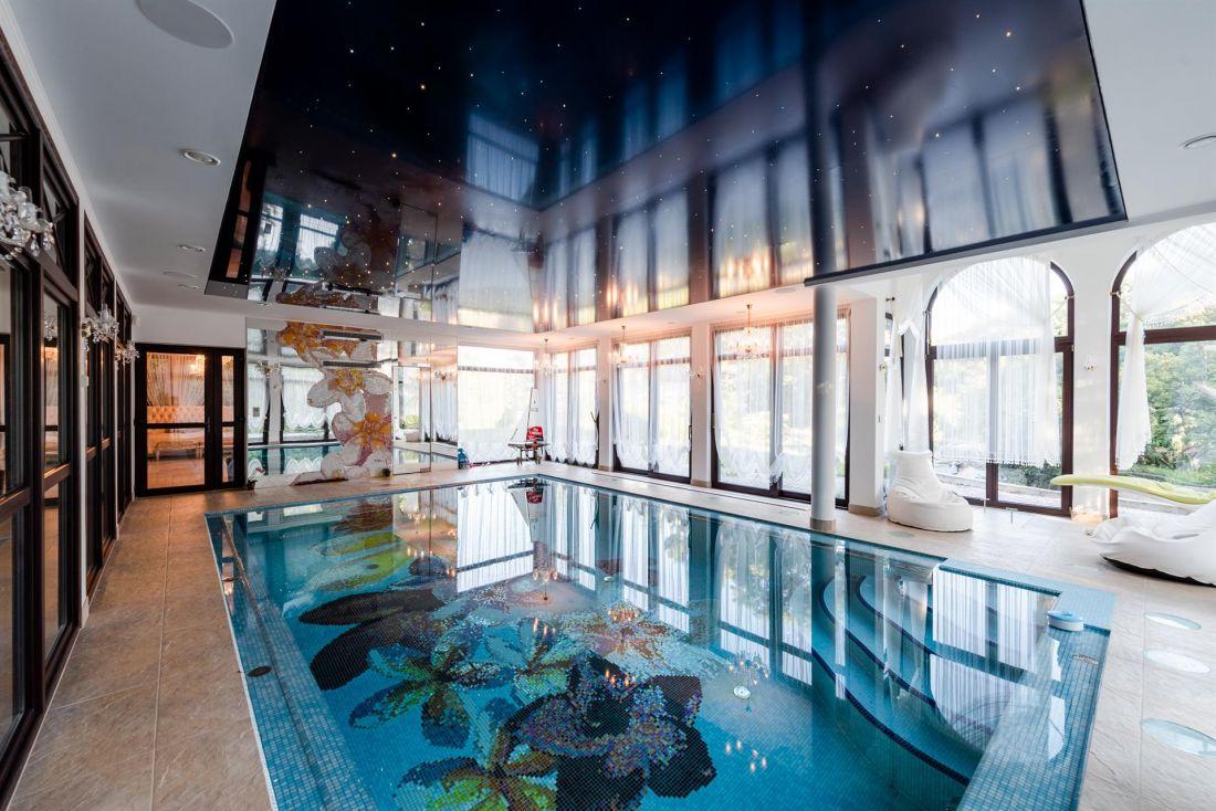 7 ngôi nhà có bể bơi trong nhà đẹp nhất thế giới