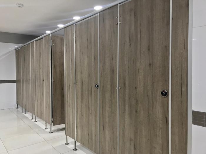 5 mẫu vách ngăn nhựa giả gỗ phổ biến hiện nay