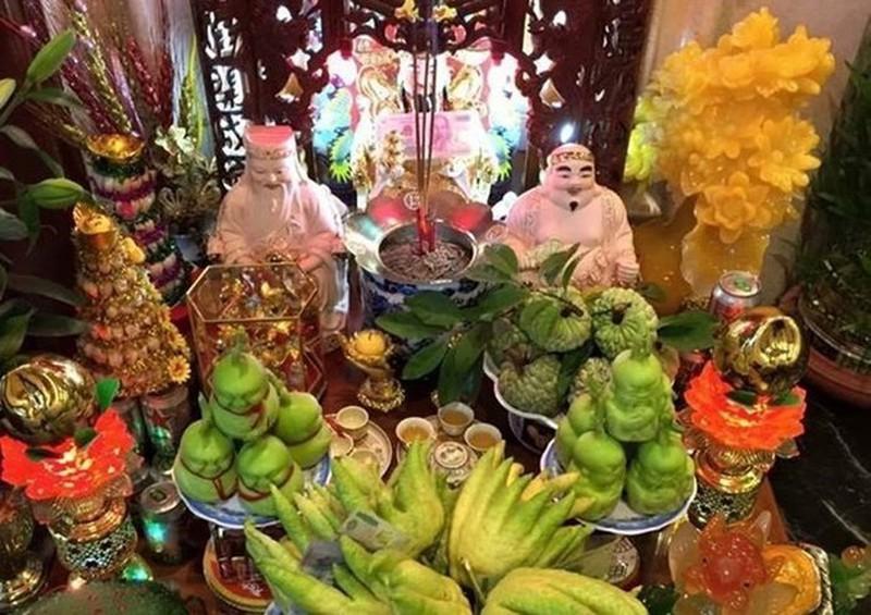 Cách trang trí bàn thờ Thần Tài ngày Tết để tài lộc cả năm