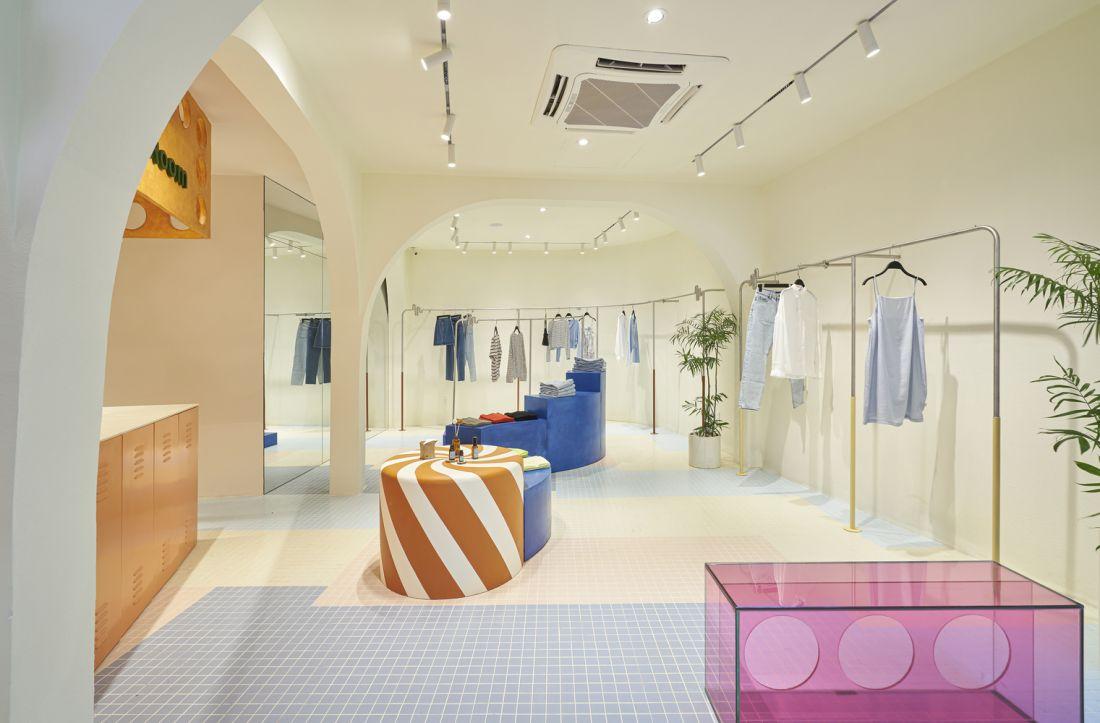 Cửa hàng thời trang thiết kế ấn tượng với cảm hứng năng động tại Bình Thạnh