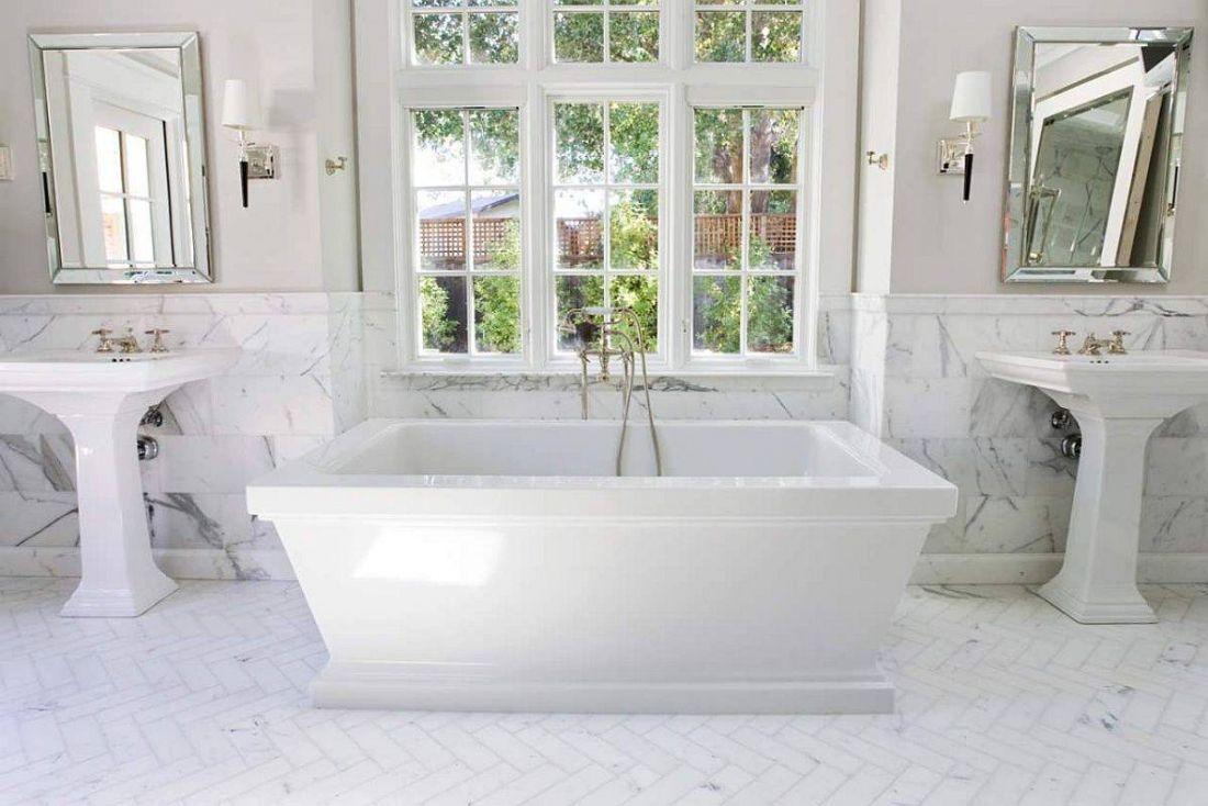 10 ý tưởng trang trí màu trắng cho phòng tắm trở nên mát rượi vào mùa hè