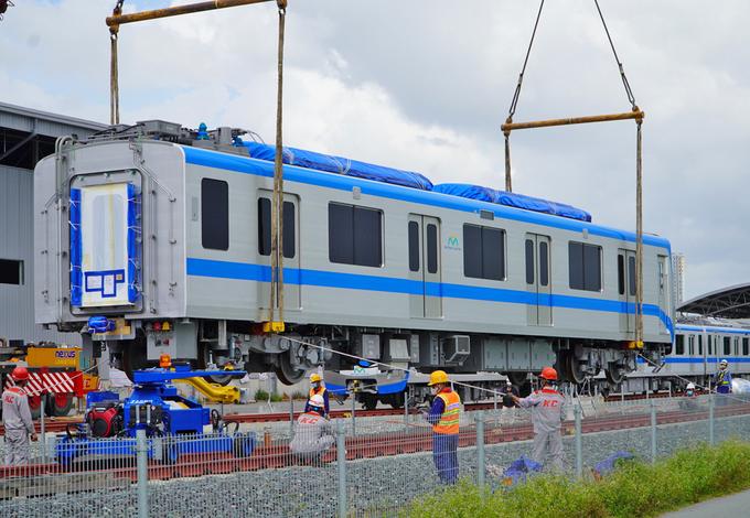 Thêm hai tàu Metro Số 1 về Sài Gòn giữa tháng 7 [NEW]