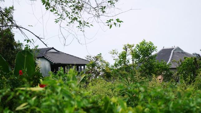 Loạt công trình không phép ven sông Hương: Thị xã muốn 'tạo điều kiện', Sở quyết thanh tra [NEW]