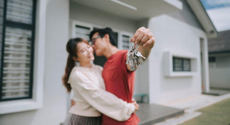 Giới trẻ ngày càng khó mua được nhà riêng [NEW]