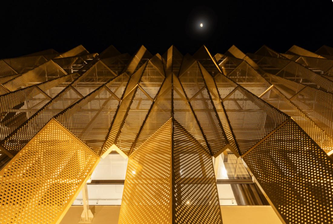 Thẩm mỹ viện kết hợp nhà ở với mặt tiền nếp gấp có tổng chi phí gần 8 tỷ tại Thanh Hóa