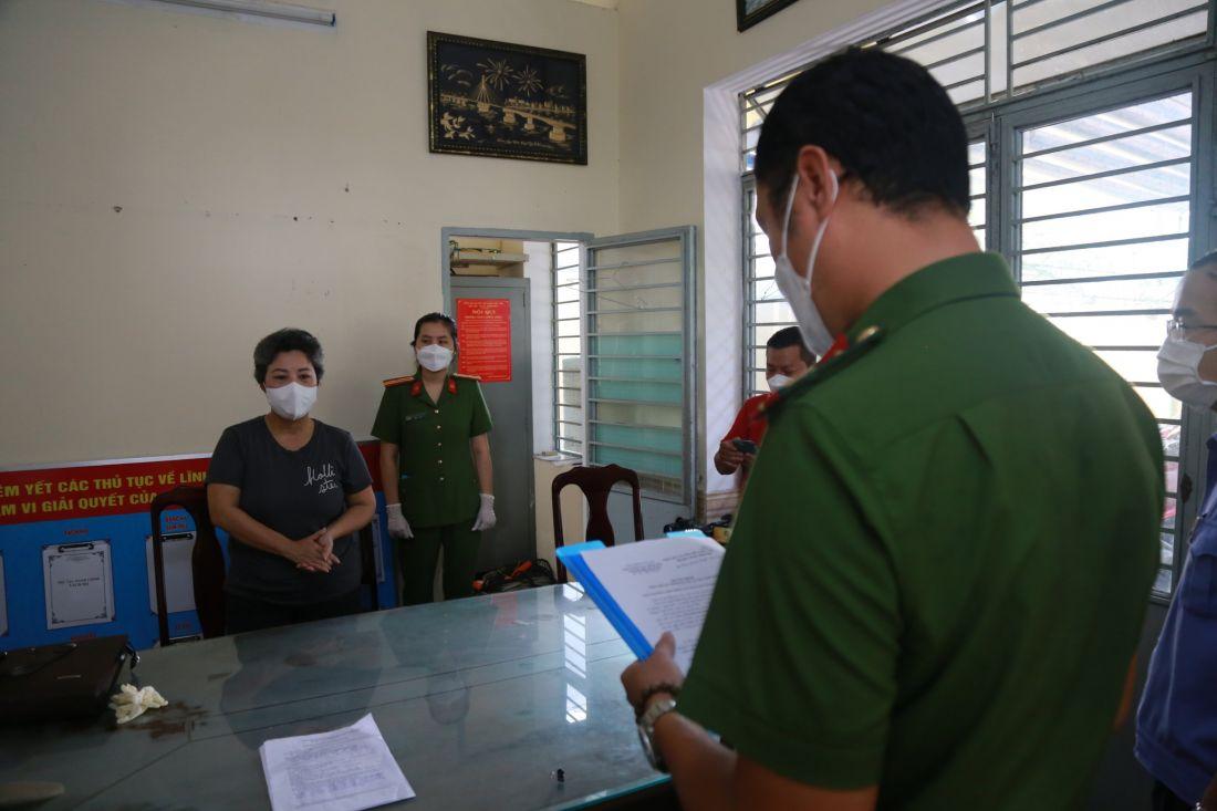 Đà Nẵng: Bắt hai cò đất làm giả giấy tờ, lừa Việt kiều mua đất