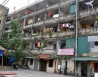 Vì sao người dân quyết bám trụ trong chung cư có nguy cơ sập đổ?