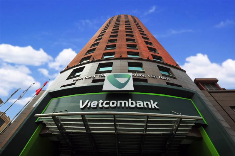 NHNN yêu cầu Vietcombank hạn chế cho vay bất động sản, BOT, BT