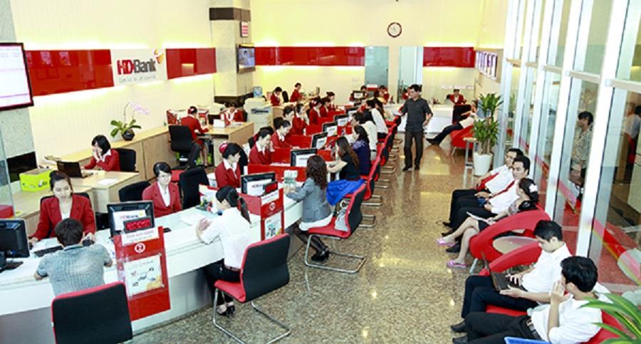 HDBank: Mục tiêu lãi hơn 3.900 tỷ đồng năm 2018, chia cổ tức tiền mặt 15%