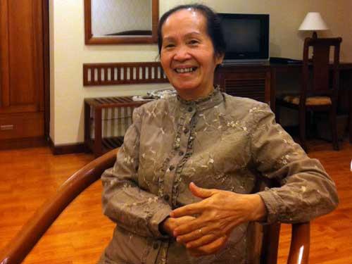 Bà Phạm Chi Lan từng tốt nghiệp thủ khoa khóa đầu tiên của ĐH Kinh Tài (tiền thân của ĐH Kinh tế và ĐH Ngoại thương)