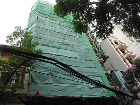 Cao ốc nội đô thi nhau xây vượt tầng