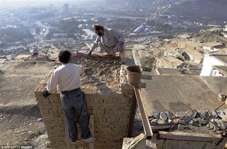 Ngành xây dựng ở đây đang rất thô sơ