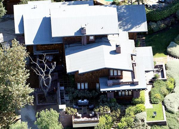 Tổ ấm của cặp sao quyền lực Hollywood có 5 phòng ngủ.
