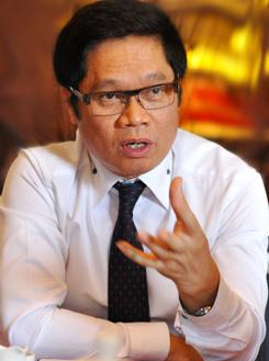 Chủ tịch VCCI - Vũ Tiến Lộc cho rằng cần thêm các biện pháp hỗ trợ doanh nghiệp. Ảnh: Nhật Minh