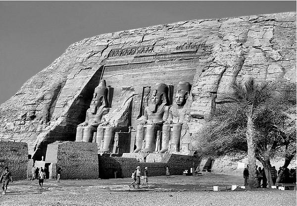 Thăm đền thờ đá của Pharaoh vĩ đại nhất Ai Cập 11