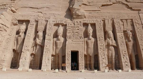 Thăm đền thờ đá của Pharaoh vĩ đại nhất Ai Cập 12