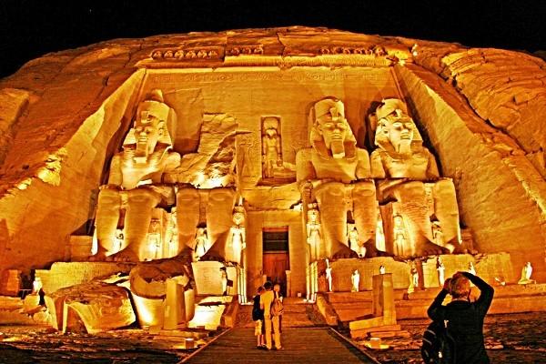Thăm đền thờ đá của Pharaoh vĩ đại nhất Ai Cập 2