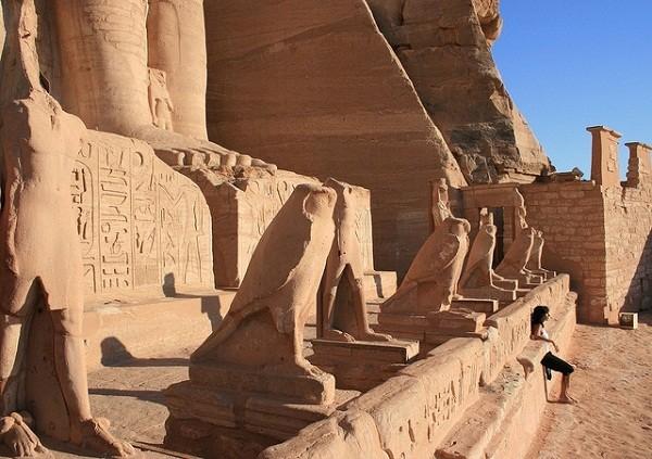 Thăm đền thờ đá của Pharaoh vĩ đại nhất Ai Cập 3
